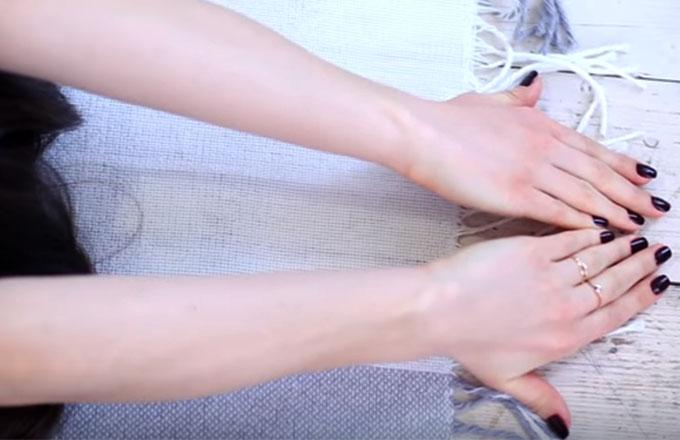 ruki-vytjanut-vverh