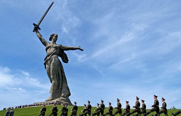 glavnyj-monument-memoriala-rodina-mat'-zovet