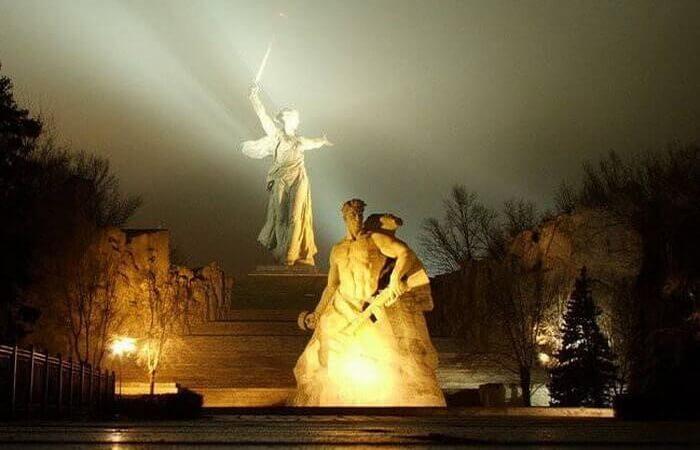 mamaev-kurgan-v-volgograde