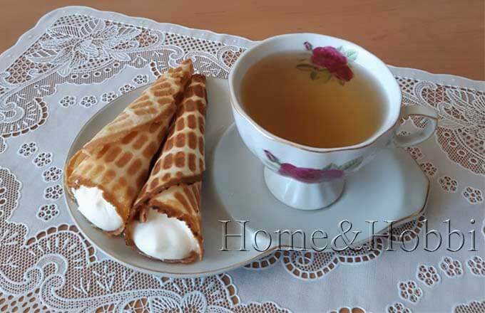 vafelnye-trubochki-s-kremom-iz-slivok