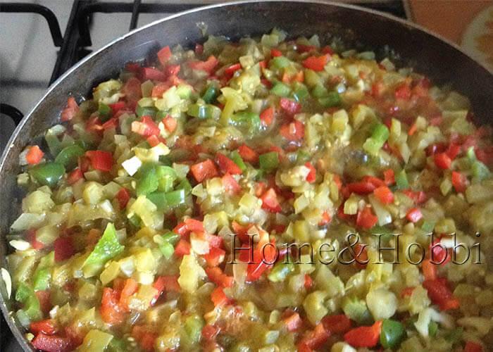 ikra-iz-zeljonyh-pomidorov-kusochkami_2